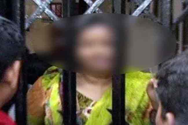 চট্টগ্রামে টয়লেটে নারী পুলিশ সদস্যকে ধর্ষণচেষ্টা
