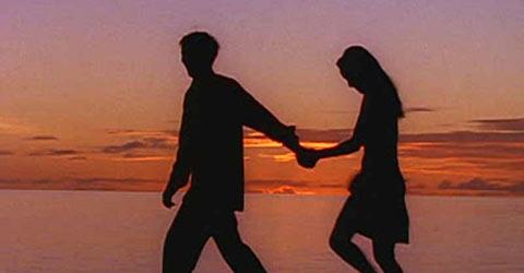 স্ত্রী সন্তান রেখে ষষ্ঠ শ্রেণির ছাত্রী নিয়ে উধাও শিক্ষক